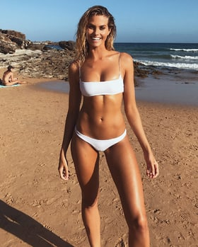 Natalie Jayne Roser photos