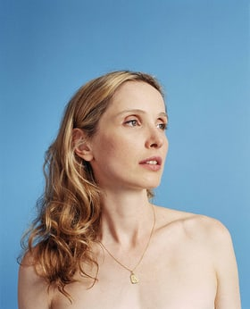 Julie Delpy three colors white